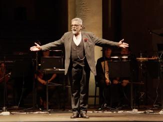Alfonso Antoniozzi sul palco